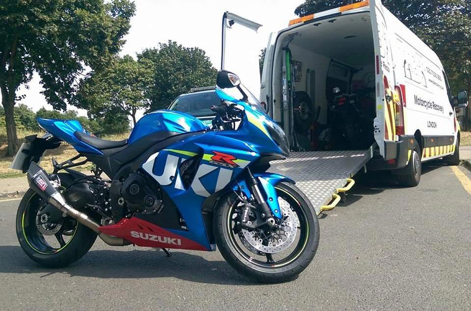 Blue Susuki | LBT Motorcycle Recovery