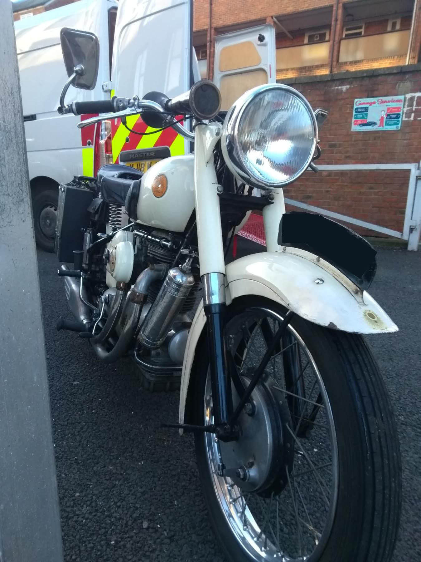 White bike | LBT Motorcycle Recovery