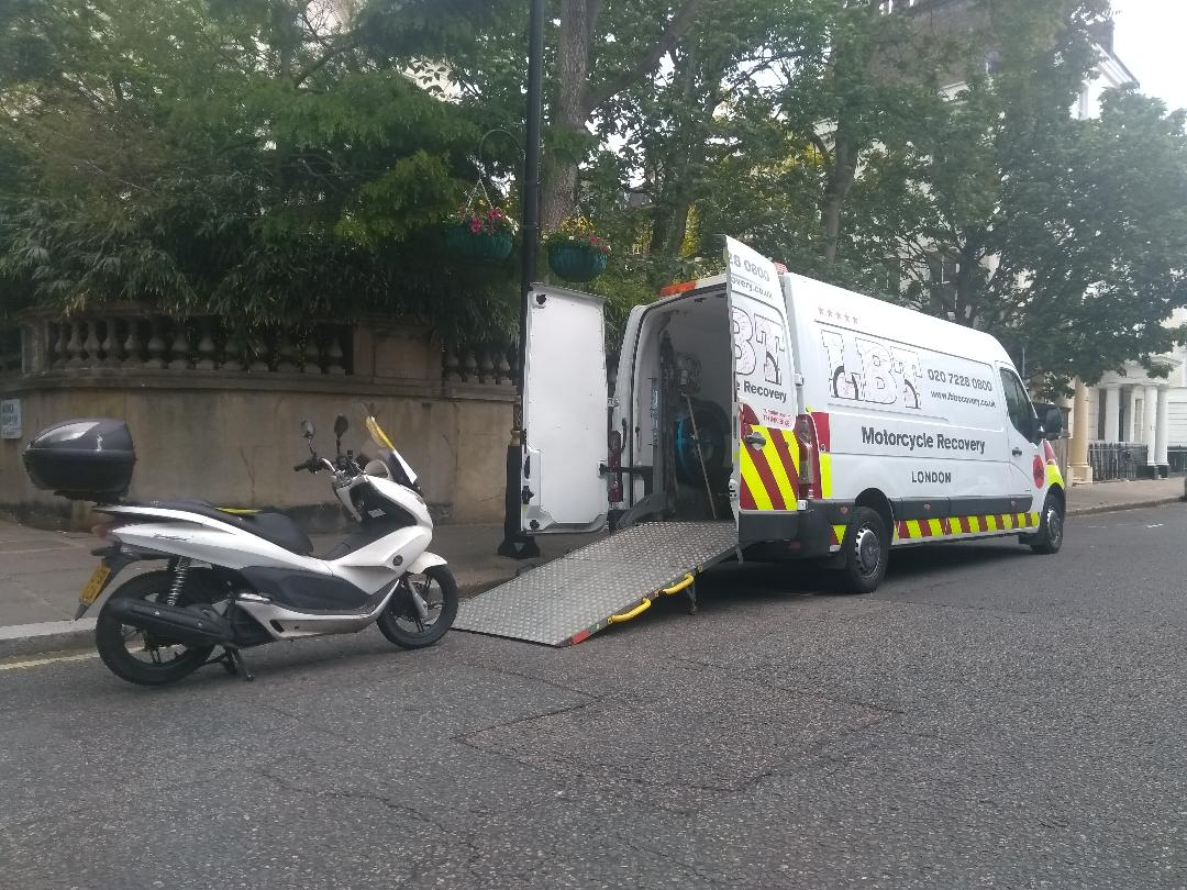 LBT Motorcycle Recovery   London 020 7228 0800